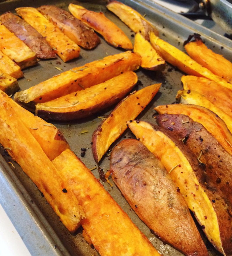 Go To Whole30 Meals : Sweet Potatoe Spears // Wide Eyed with Wonder